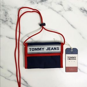 Tommy Hilfiger Tommy Jeans Logo Tape Wallet